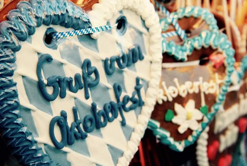 Fotobox mieten Greenscreen Hintergruende Oktoberfest